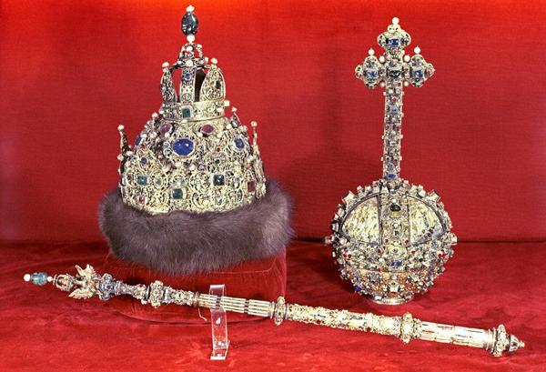 Регалии имперской власти, привезенной Софьей Палеолог Ивану Третьему