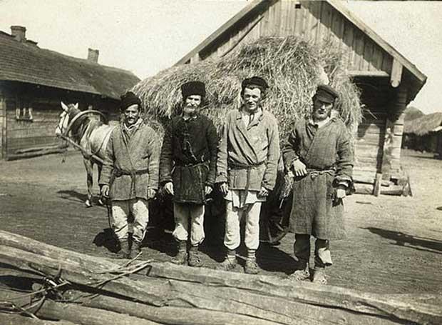 Крепостные крестьяне 19 века