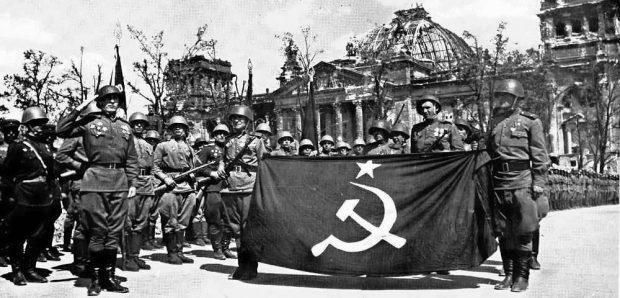 Почему в СССР день Победы праздновали дважды